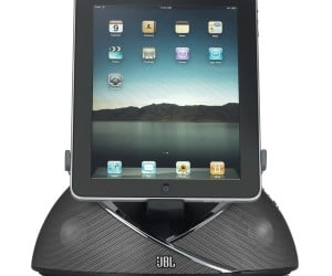 JBL OnBeat Speaker Dock Specializes in iPads, Doesn't Mind iPhones and iPods