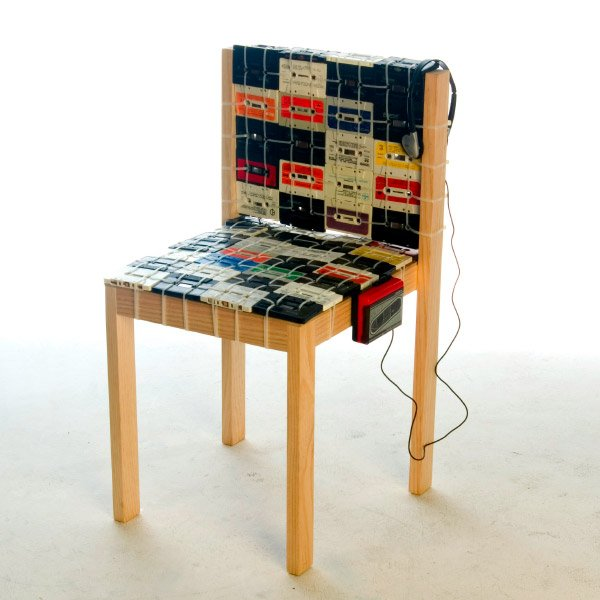 cassette_tape_chair_ooomydesign_1