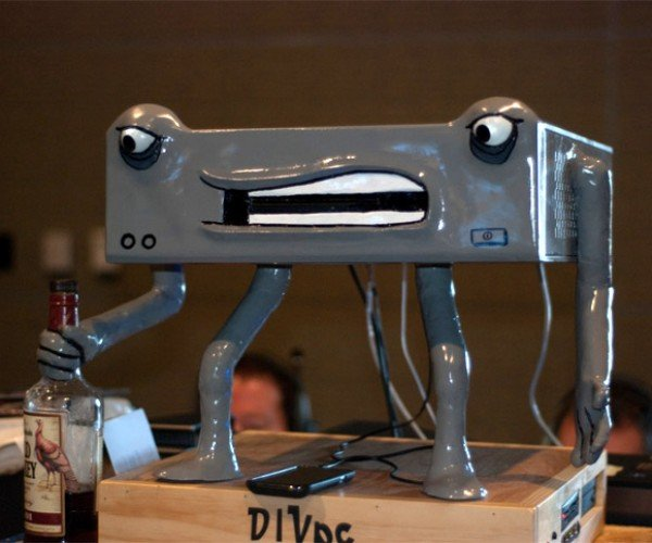 DIVpc is One Angry Drunk Computer Casemod