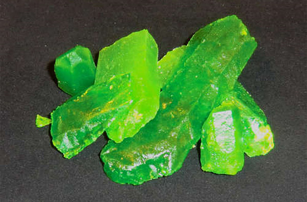 glowing kryptonite candy 1