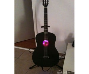 The Smartest Guitar in the World [PC Casemod]