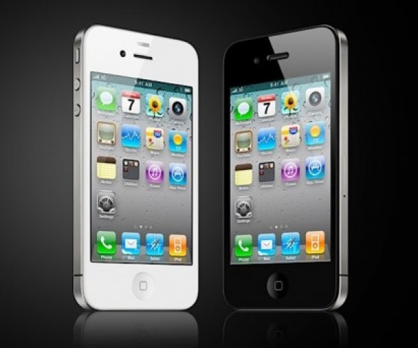 White iPhone 4 Confirmed by Apple for Spring 2011