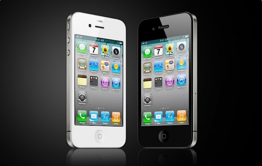 iPhone 4 white black