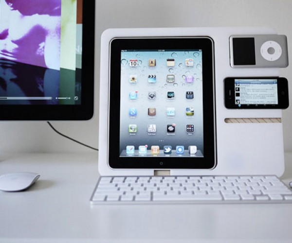 PolyPly Stand is Perfect for the Apple Gear Polygamist