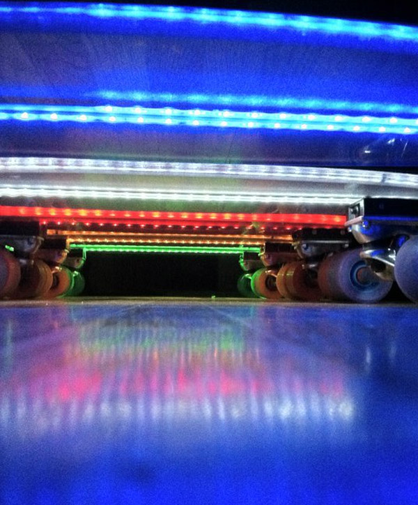 led_skateboards_2