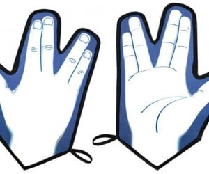 Vulcan Oven Mitt: Live Long and Potholder