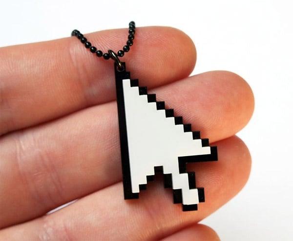 mouse_cursor_necklace