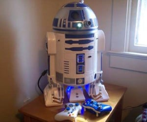 r2 d2 xbox 360 casemod by mark bongo 300x250