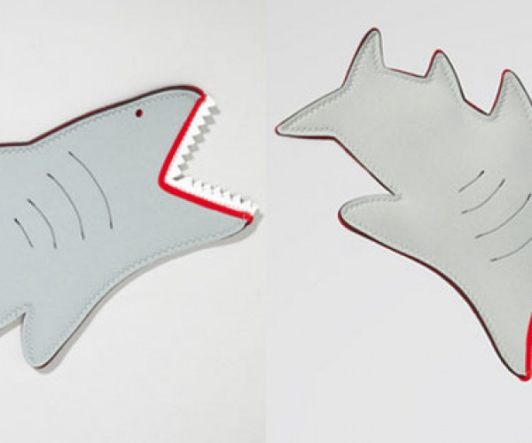 Shark Bite Oven Mitt is Way Cooler Than My Crab Claw Mitt