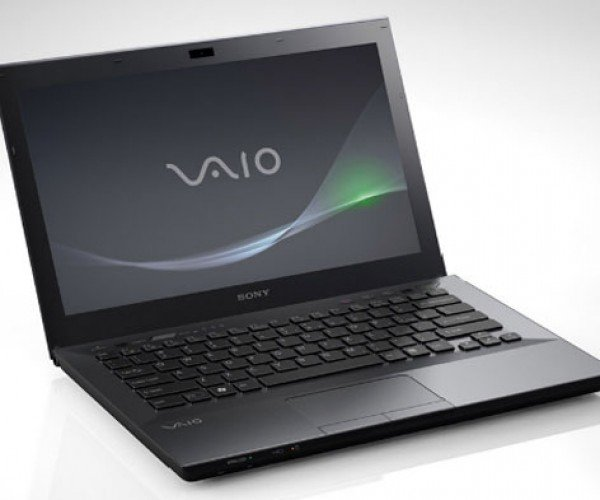 Sony Vaio S Notebook Breaks Cover with 15-Hour Battery Option