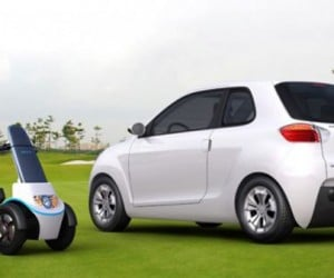 Geely McCar: Electric Car Has Electric Scooter in the Trunk