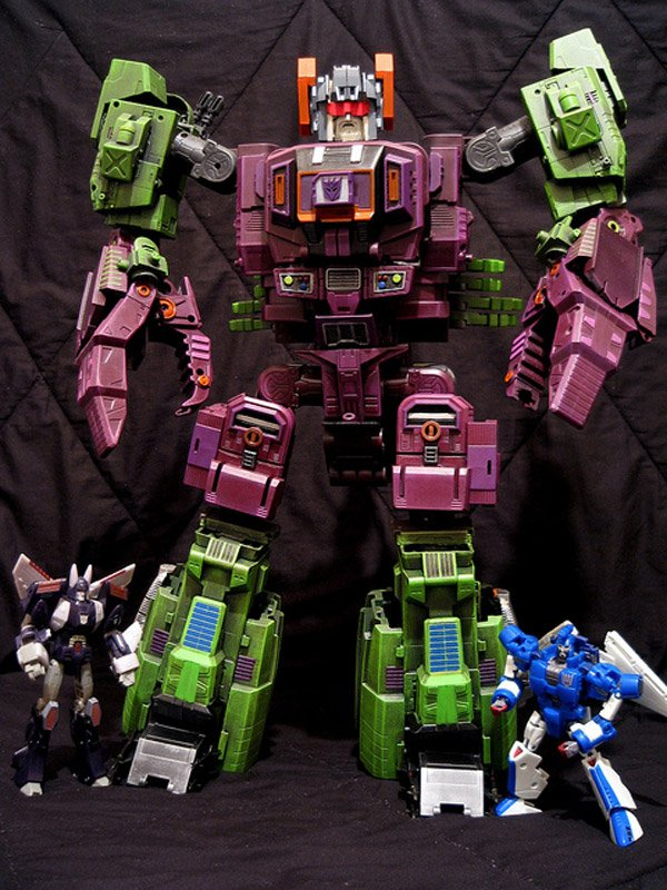 Masterpiece-SCORPONOK-custom-by-thyvipera