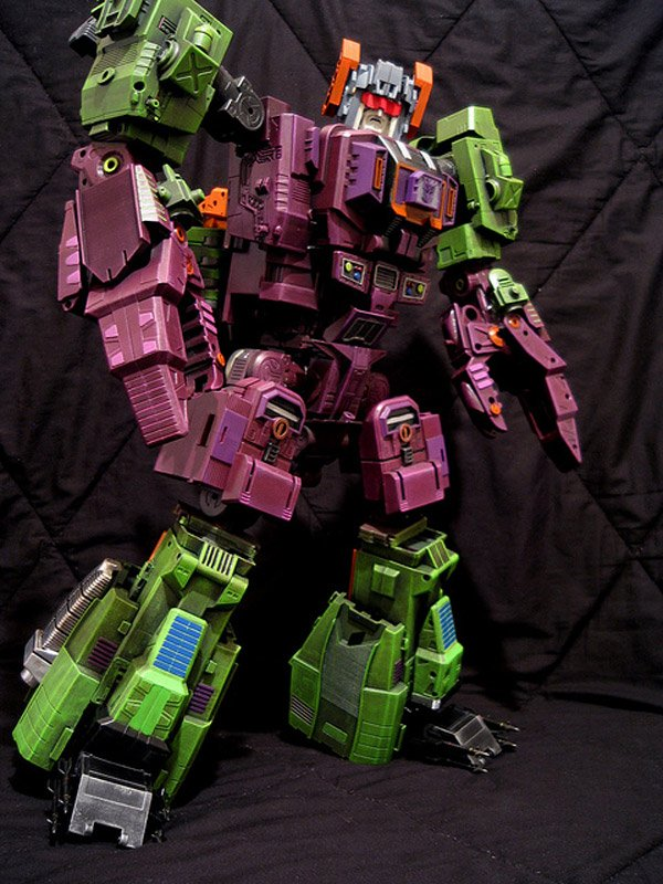 Masterpiece-SCORPONOK-custom-by-thyvipera_1