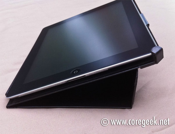 coregeek_ipad2_duct_tape_folio_3