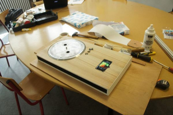 iphone turntable by olivier meynard 3