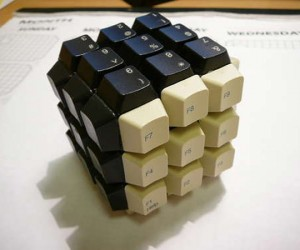 Keyboard Rubik's Cube: Can't Ctrl+Alt+Delete This