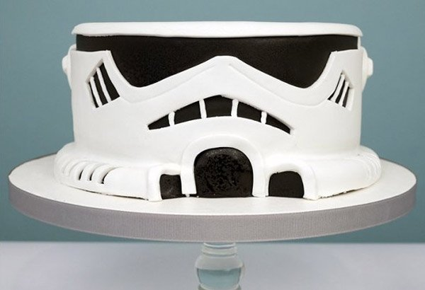 Star Wars Cakes For Two Or Fifteen