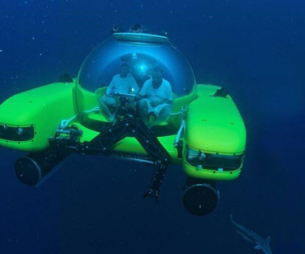 Triton 36,000 Submarine Gets Stronger Under Pressure