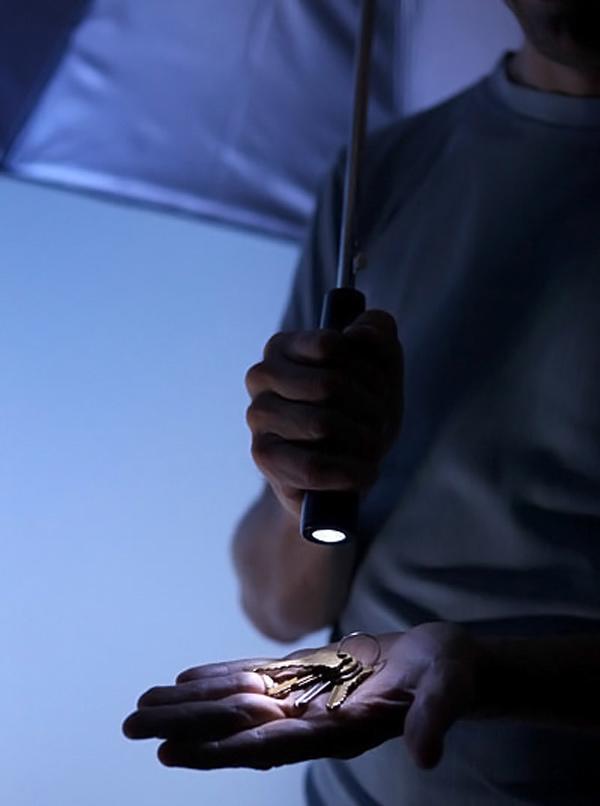 led lumadot thinkgeek umbrella lights darkness