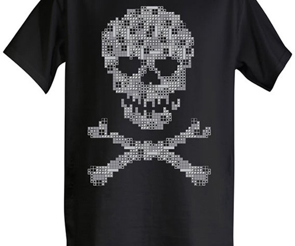 Tetris Skull & Cross-bones T-Shirt: Pirates of the Game Boyean