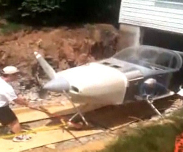 Dude Builds Airplane in Basement, Tears House Apart to Get it Out