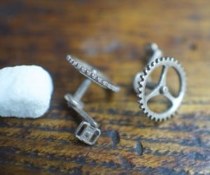Bike Cufflinks for the Well-Dressed Bicyclist
