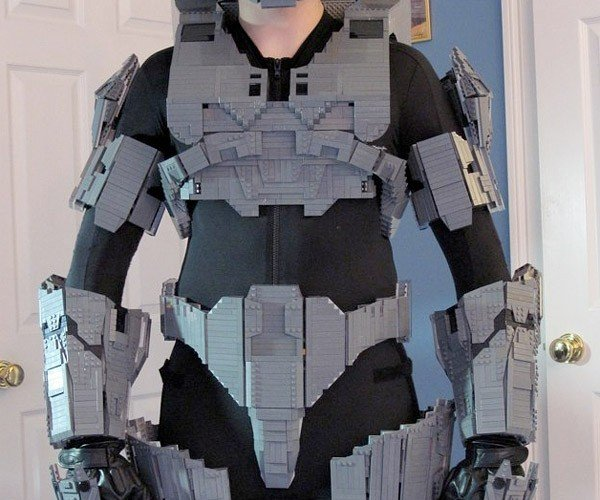 LEGO Halo Master Chief Costume is Complete