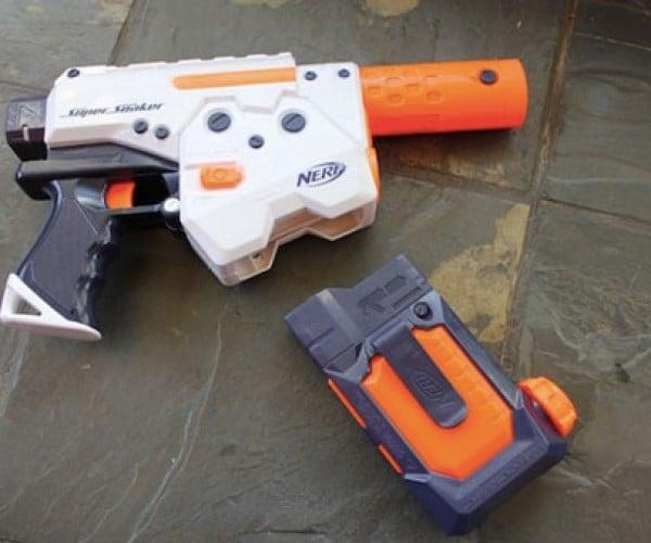 NERF Thunderstorm Water Gun Uses Magazines