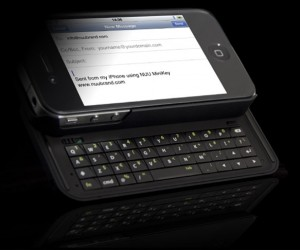 NUU MiniKey Gives iPhone 4 a Decent Looking Keyboard