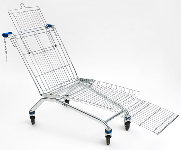 Shopping Cart Lounger: It Looks Cool, But I Doubt It's Comfortable