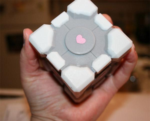 soap_companion_cube_2