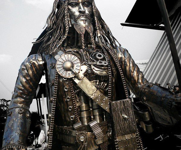 1000-Pound Jack Sparrow Statue Looks Way Better Than Pirates of the Carribean 4