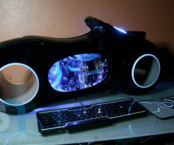 Tron Lightcycle PC is DIY Casemod Perfection