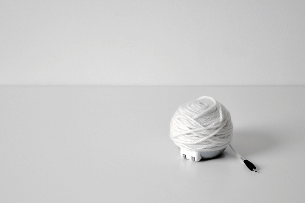 yarn wood ball charger concept design power