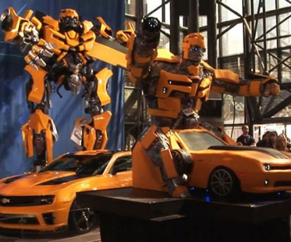 2,000-Pound Transformers Cake: Autocakebot