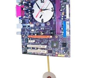 Purple Motherboard Pendulum Clock Comes From the Heart of Your Computer