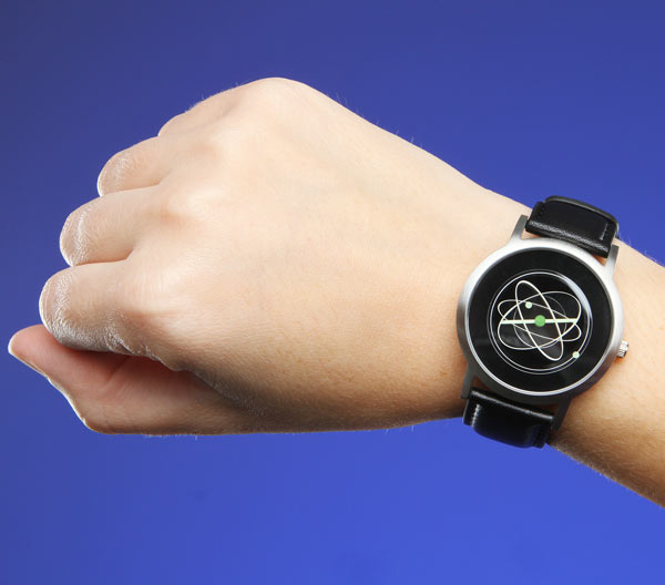 atom watch from thinkgeek 3