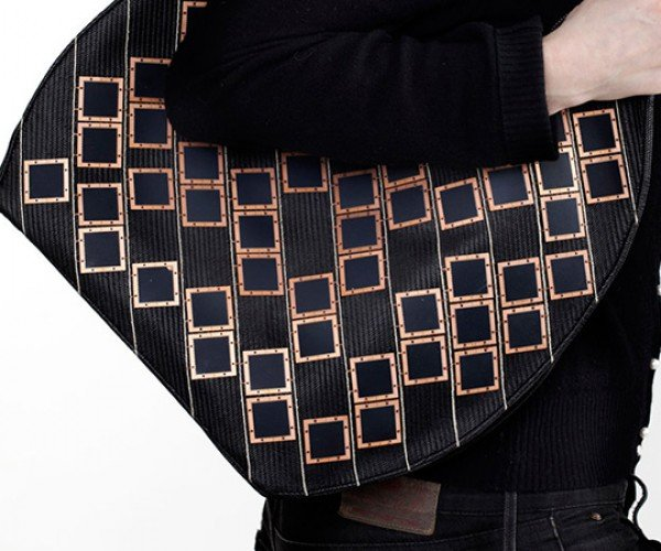 Diffus Solar-Powered Handbag: Green is In