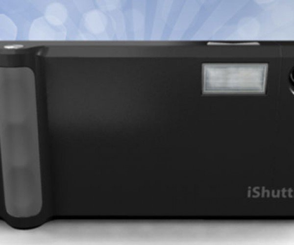 iShuttr Wants to Make Your iPhone into a Real Digital Camera