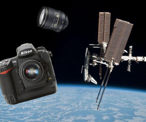 Astronaut Has to Let Thousands of Dollars in Camera Gear Burn Up on Reentry