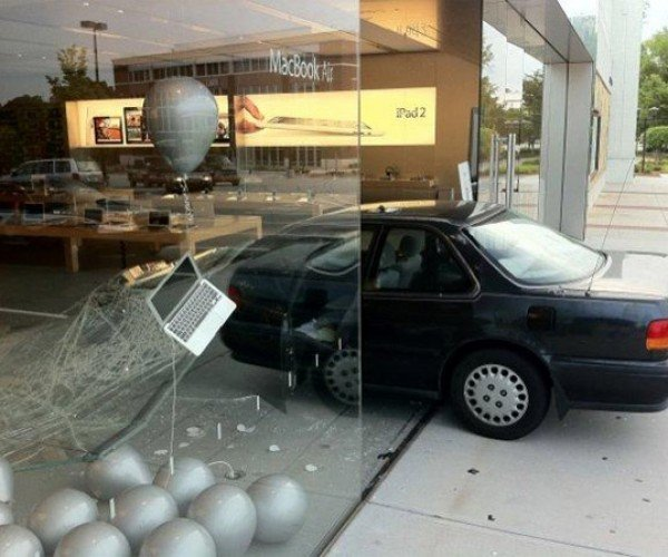 A Real, Live Ninja Crashes His Car Into Apple Store