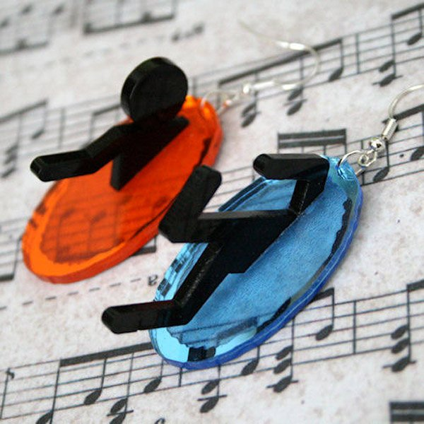 portal earrings 1