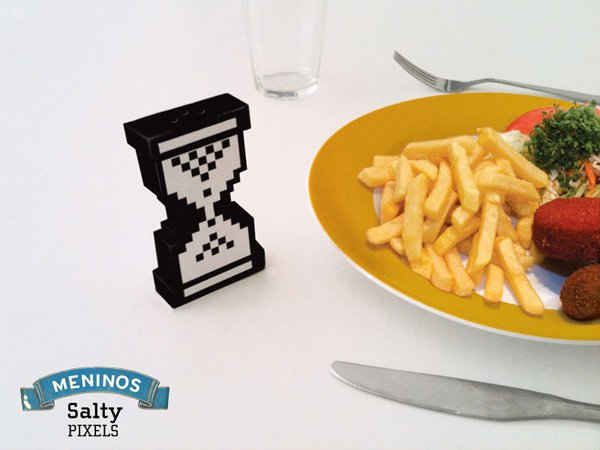 salty pixels salt pepper shaker by meninos