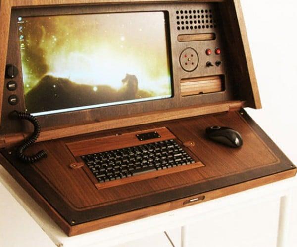 Sputnik 0667 PC Casemod Goes Retro All the Way