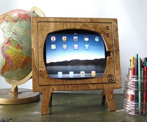 wood retro tv ipad dock by miterbox 2 300x250