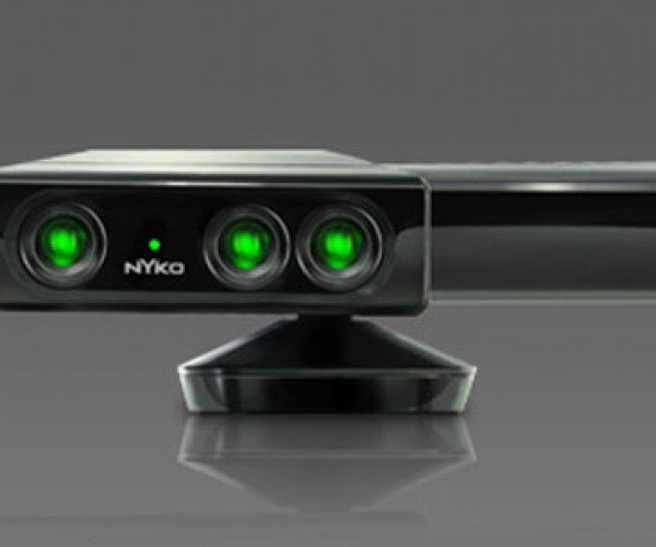 Nyko Zoom Play Kinect Range Reduction Lens is Great for Small Rooms