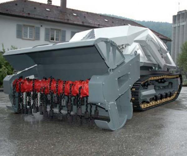 Digger D-3 Robo Tank Exterminates Landmines