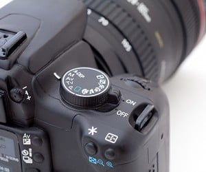 dslr camera bank from photojojo 4 300x250