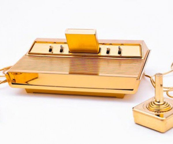 Gold-plated Atari 2600 Surprisingly Not Owned by Donald Trump