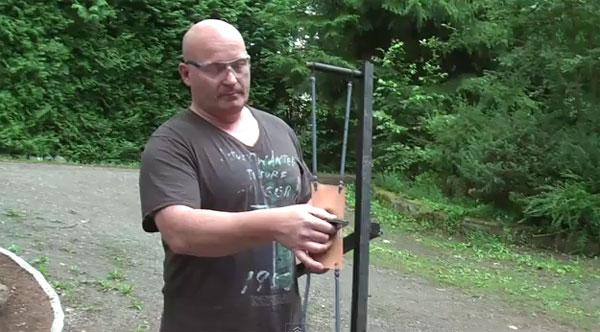 iPhone slingshot